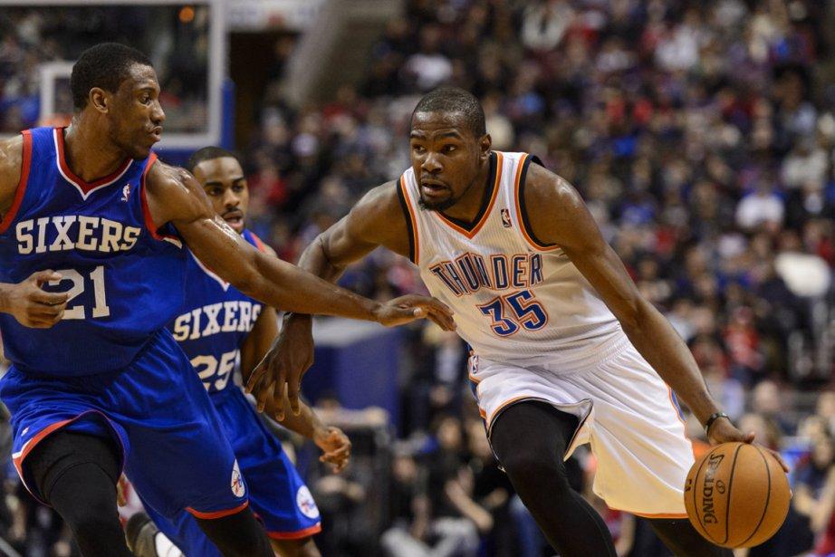 Kevin Durant (35)... (Photo Howard Smith, USA TODAY Sports)