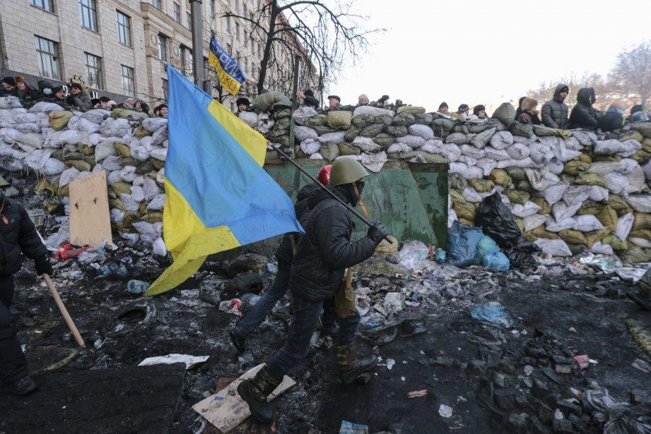 L'administration régionale est désormais bloquée dans 14 des... (Photo Konstantin Chernichkin, Reuters)