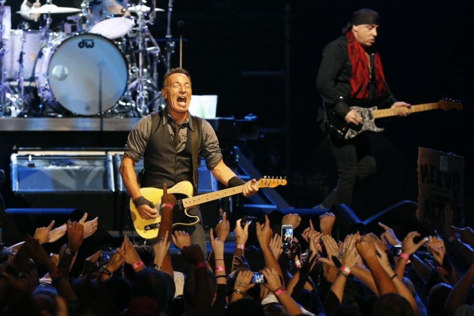Bruce Springsteen en spectacle à Le Cap.... (MIKE HUTCHINGS)
