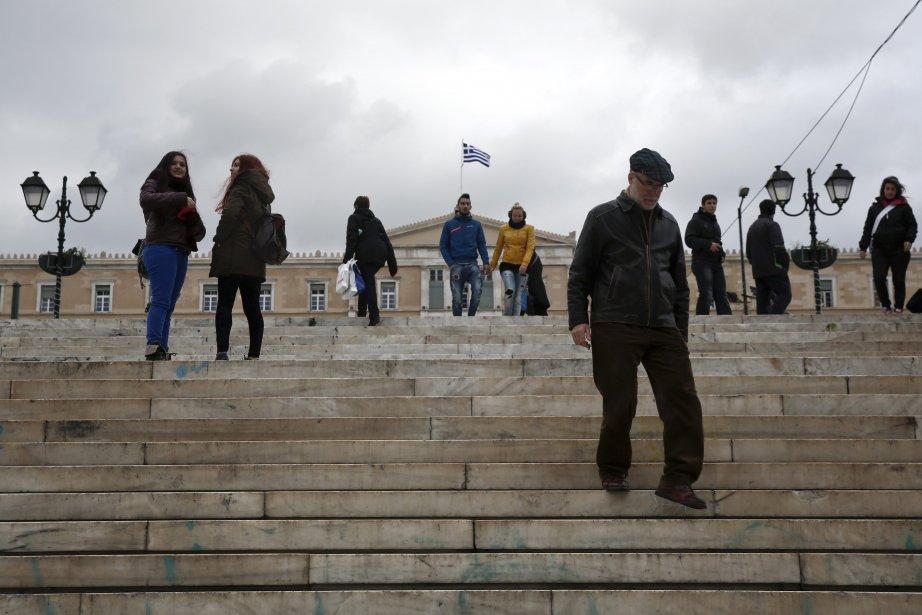Depuis quatre ans, la Grèce dépend de prêts... (Photo YORGOS KARAHALIS, Reuters)