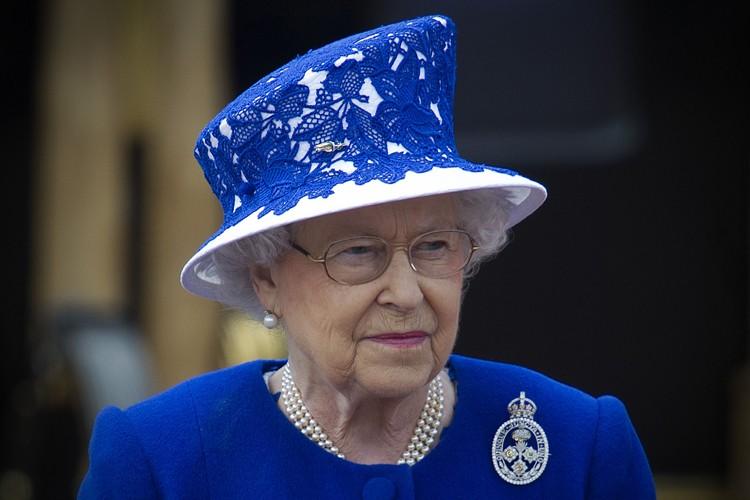 La reine Élisabeth II... (PHOTO archives AFP)