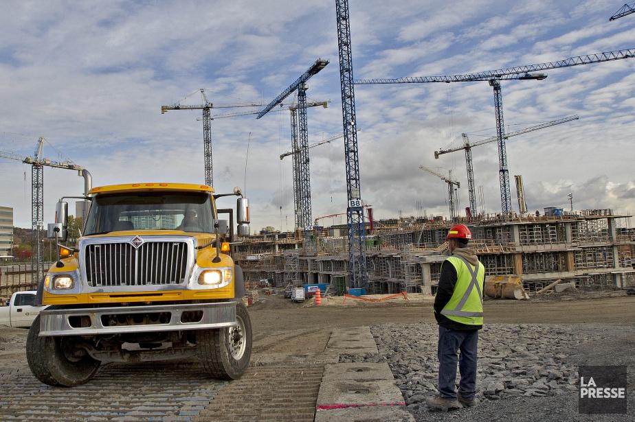 L'auteur estime que les ouvriers des chantiers de... (Photo archives La Presse)