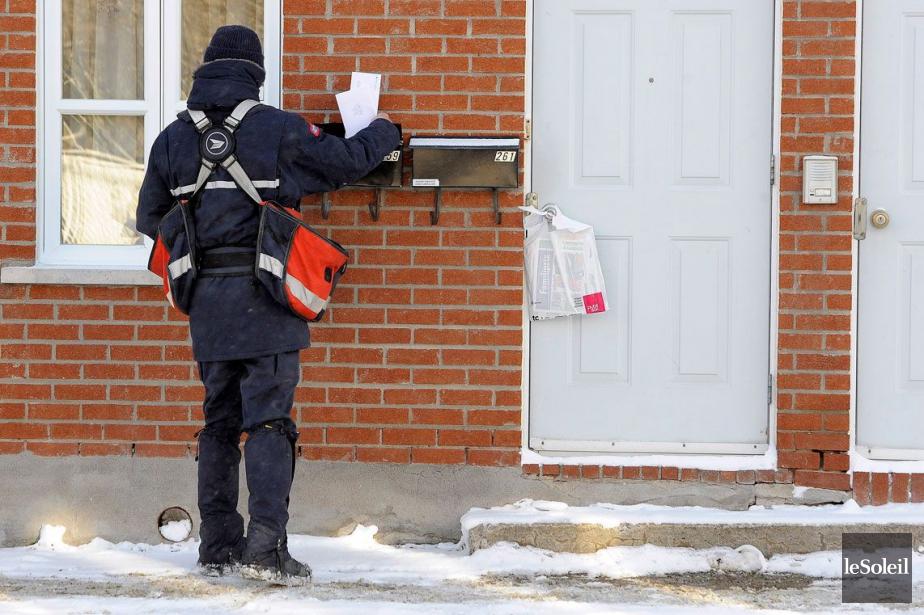 Postes Canada se dit prête à accommoder les... (PHOTO ARCHIVES LE SOLEIL)
