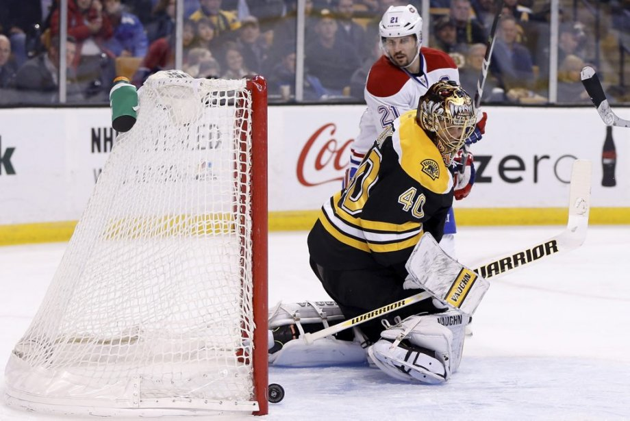 Tuukka Rask, inefficace sur cette séquence. (Photo USA TODAY Sports)