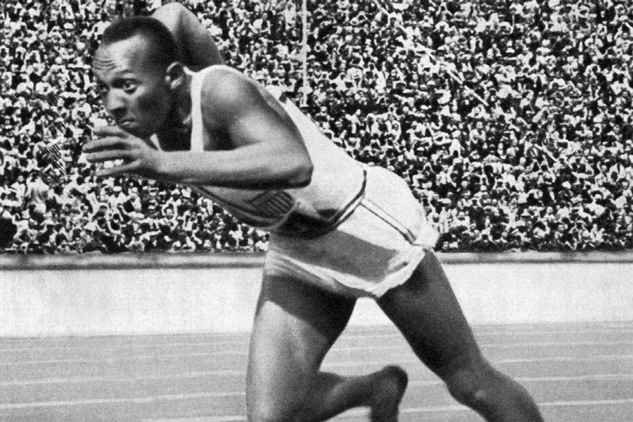 Jesse Owens aux Jeux olympiques de Berlin, en... (Photo: AFP)