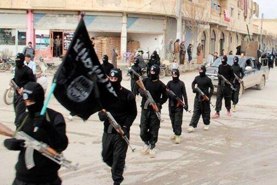 L'EIIL est régulièrement accusé, notamment par l'opposition syrienne,... (PHOTO ARCHIVES AP)