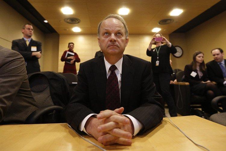 Le chef du CSTCJohn Forster a été convoqué... (Photo: Reuters)