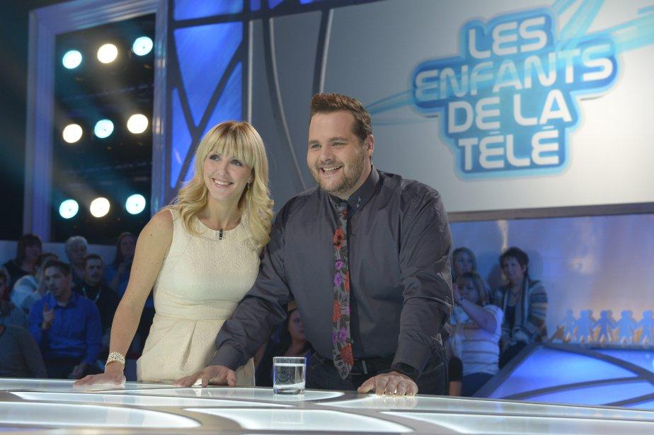 Véronique Cloutier et Antoine Bertrand animent Les enfants... (Photo fournie par ICI Radio-Canada Télé)