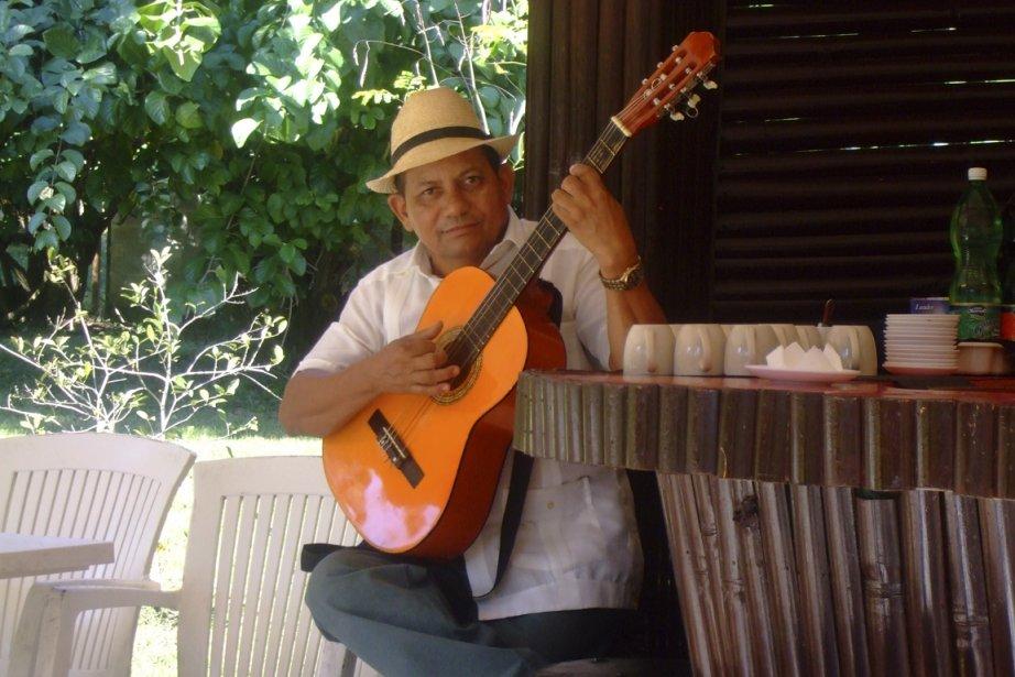 Les musiciens investissent tous les endroits publics de Cuba. (Photo Andrée Lebel, La Presse)