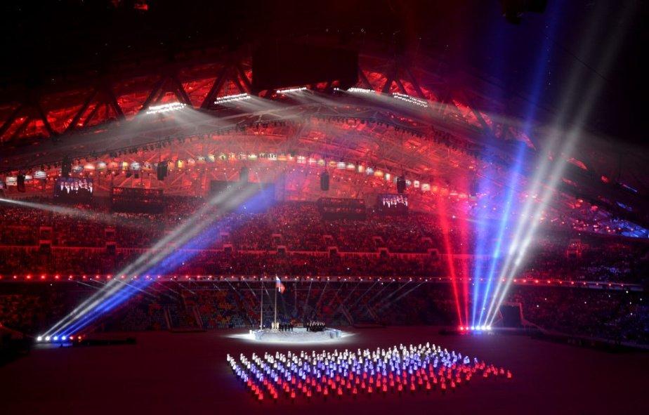 Cérémonie d'ouverture au stade Fisht   (14-24 mm F2, 8 1/100 F2,8 2500 ISO) (PHOTO BERNARD BRAULT, LA PRESSE)