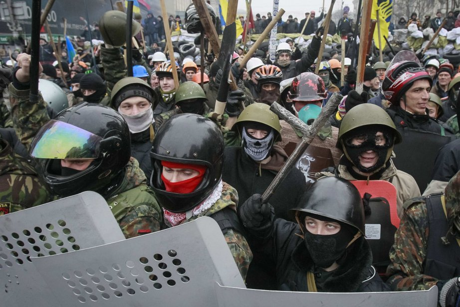 Le nombre de manifestants était comparable à celui... (Photo GLEB GARANICH, Reuters)