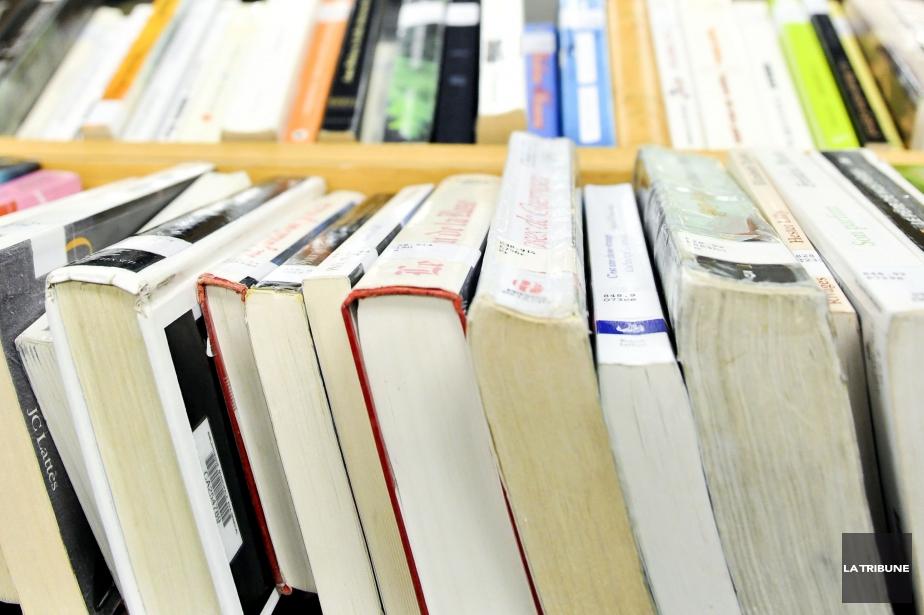 Le milieu du livre et le monde scolaire ont... (PHOTO ARCHIVES LA TRIBUNE)