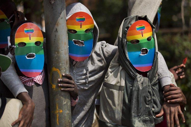 Une rare manifestation en appui à la communauté... (Photo: AP)