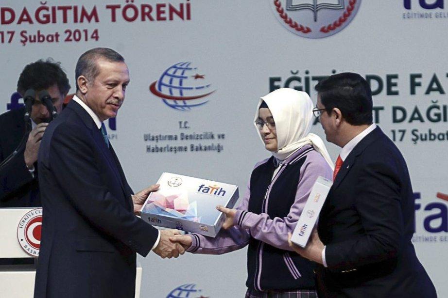 Le premier ministre turc Recep Tayyip Erdoganle 17... (PHOTO ADEM ALTAN, AFP)