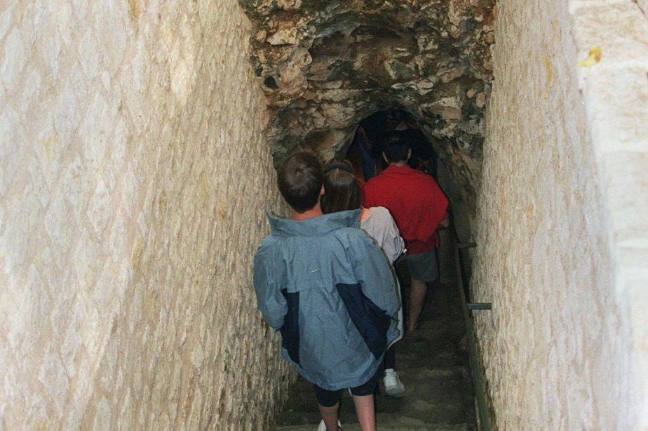 La France compte 109 grottes aménagées et ouvertes... (Photo Archives AP)