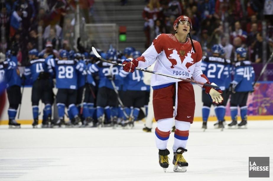 Pendant que les Finlandais célébraient, Alexander Ovechkin est... (Photo Bernard Brault La Presse)