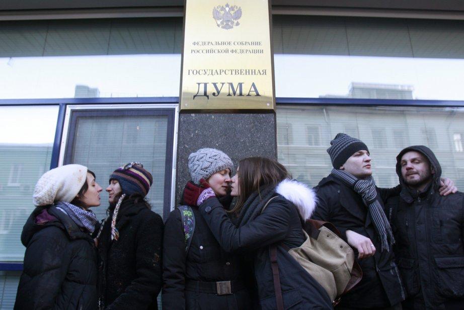 Des militants pour les droits des homosexuels ont... (Photo: Reuters)