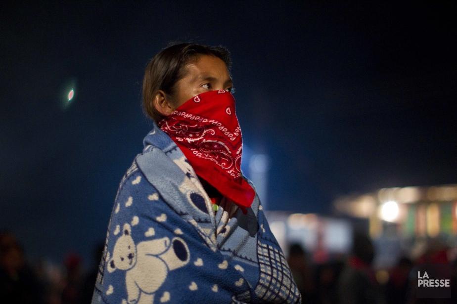 Des centaines de femmes mexicaines, sous la direction... (Photo Christian Palma, AP)
