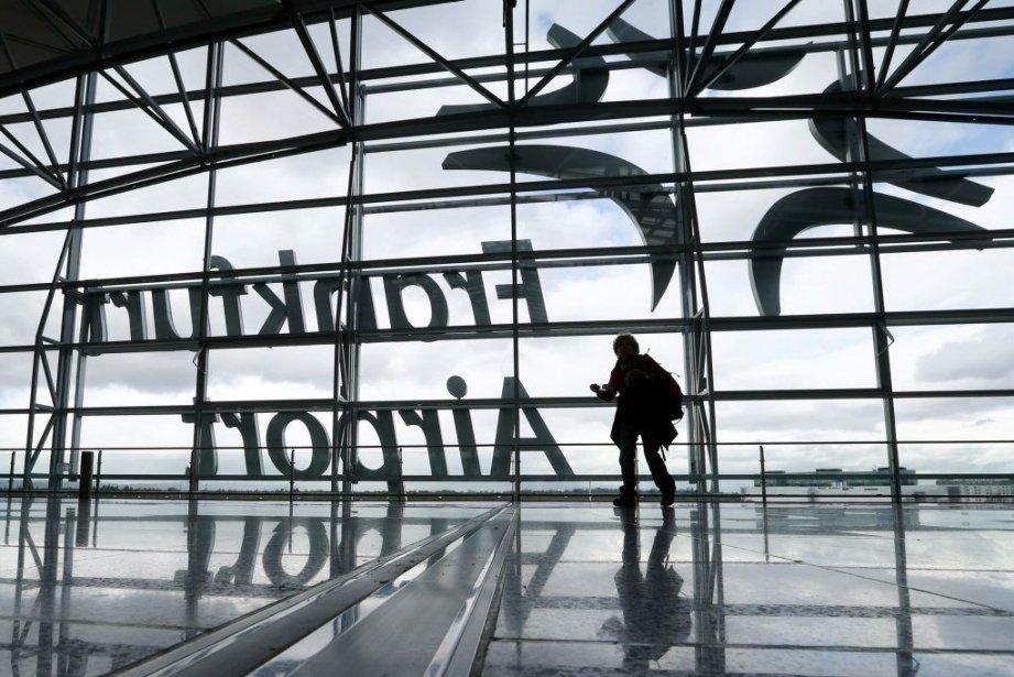 Premier aéroport d'Allemagne et troisième d'Europe, Francfort a... (PHOTO RALPH ORLOWSKI, REUTERS)