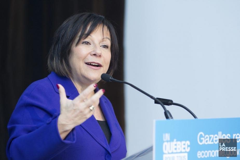La ministredéléguée à la Politique industrielle, Élaine Zakaïb,a... (PHOTO EDOUARD PLANTE-FRÉCHETTE, LA PRESSE)