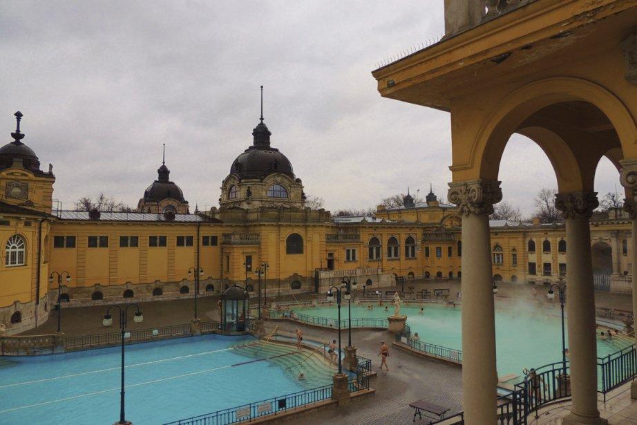 Le Spa Szechenyi accueille plusieurs milliers de visiteurs chaque semaine. (Photo Sarah-Émilie Nault, collaboration spéciale)