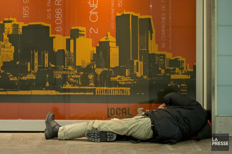 La création de 500 logements sociaux, mesure phare... (PHOTO ROBERT SKINNER, ARCHIVES LA PRESSE)