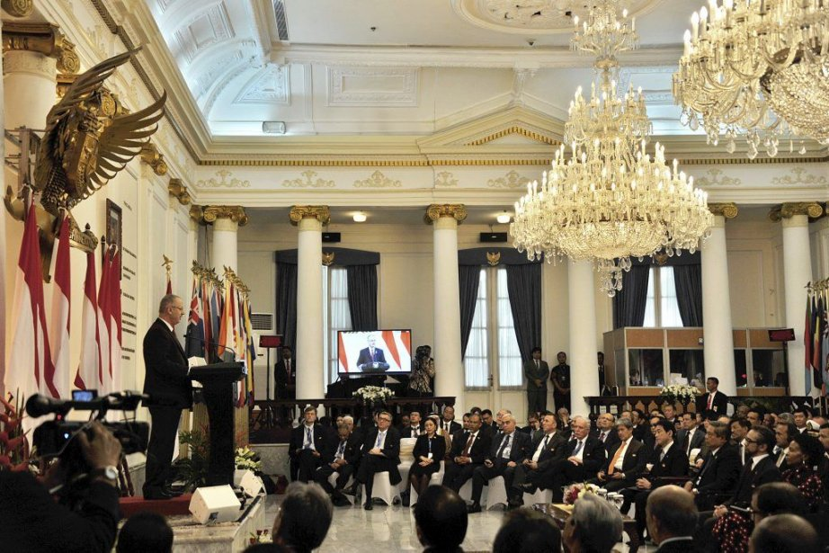 Des ministres et d'importants responsables provenant de 22... (PHOTO BAY ISMOYO, AFP)