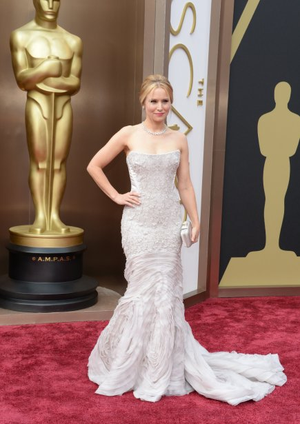 Kristen Bell porte une robe Cavalli (Photo ROBYN BECK, AFP)