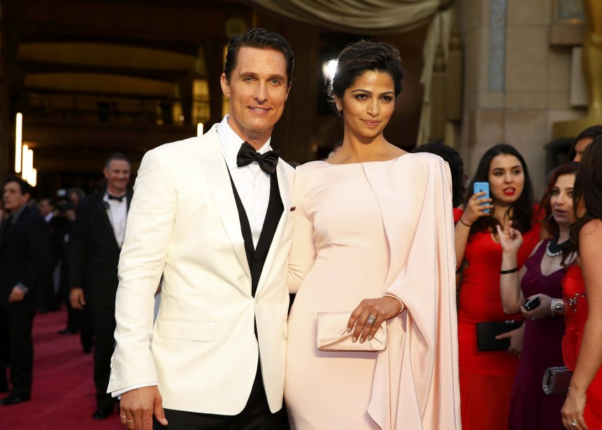 Matthew McConaughey et sa femme Camila Alves (Photo MIKE BLAKE, Reuters)
