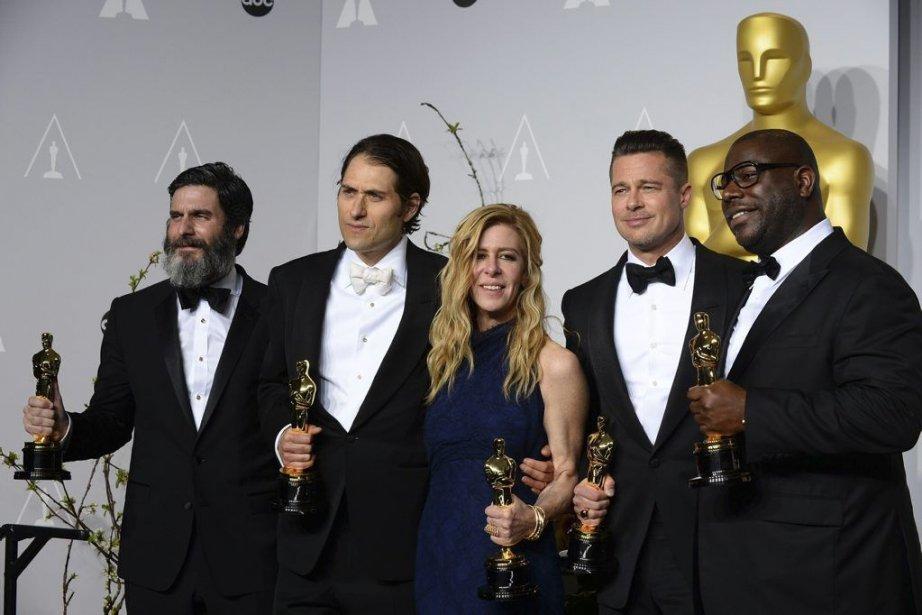Anthony Katagas, Jeremy Kleiner, Dede Gardner, Brad Pitt,... (Photo Jordan Strauss, Associated Press)