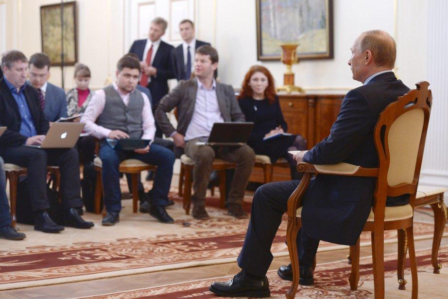 Interrogé lors d'une rencontre avec la presse dans... (PHOTO ALEXEY NIKOLSKY, AFP/RIA NOVOSTI)