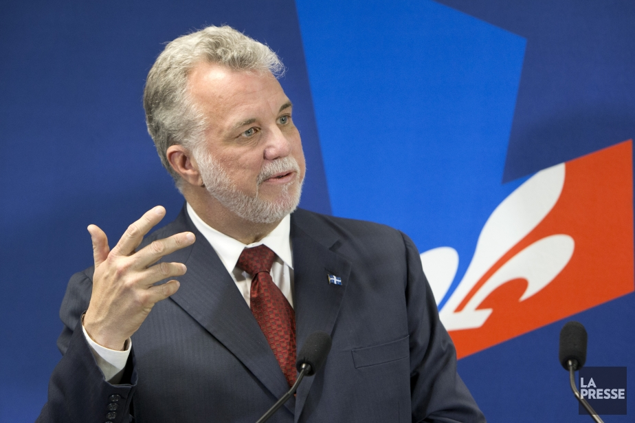 Le chef du PLQ, Philippe Couillard... (Photo Robert Skinner, La Presse)