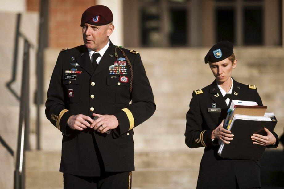 Le général Jeffrey Sinclair a reconnu les faits... (Photo Andrew Craft, The Fayetteville Observer/AP)