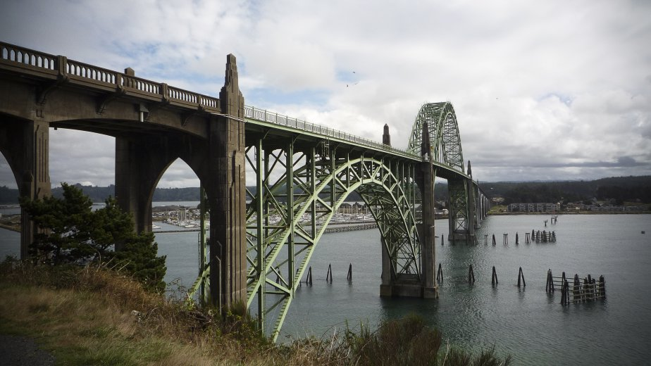 Le pont de Newport, en Oregon. (Photo Simon Coutu, collaboration spéciale)