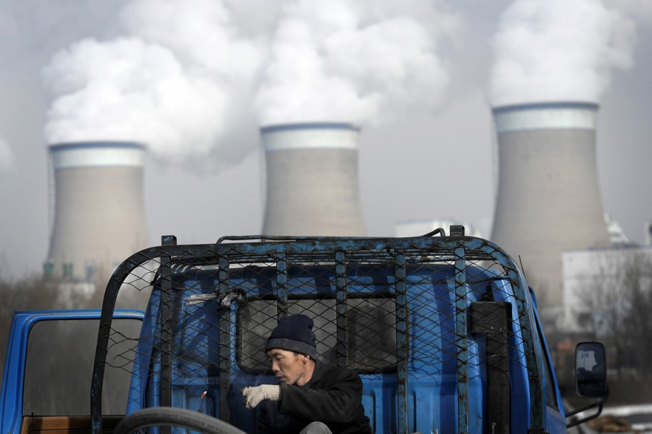 Premier pollueur de la planète, la Chine est... (PHOTO ANDY WONG, ARCHIVES AP)