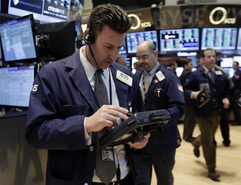 Les marchés financiers américains «rebondissent un peu après... (Photo Richard Drew, AP)