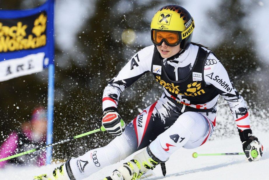 L'Autrichienne Anna Fenninger a remporté jeudi le premier... (Photo Jonathan Nackstrand, AFP)