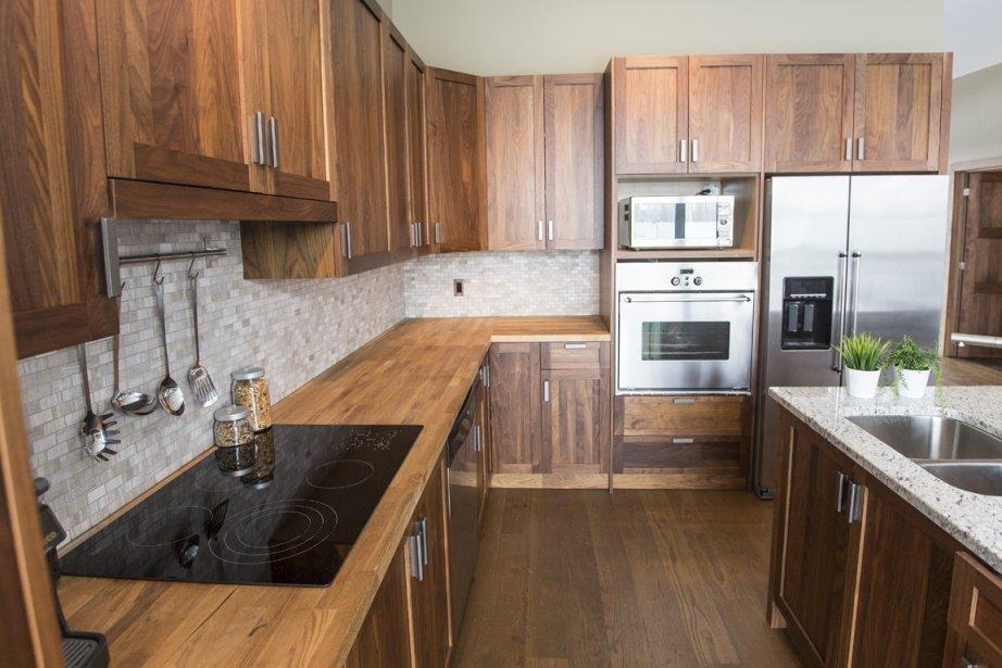 vent de changement lasalle. Black Bedroom Furniture Sets. Home Design Ideas