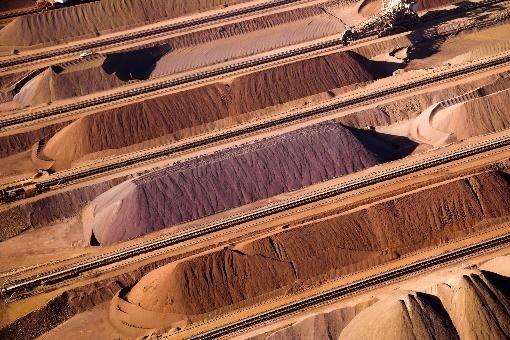 Les métaux de base comme le cuivre ne... (Photo Bloomberg)