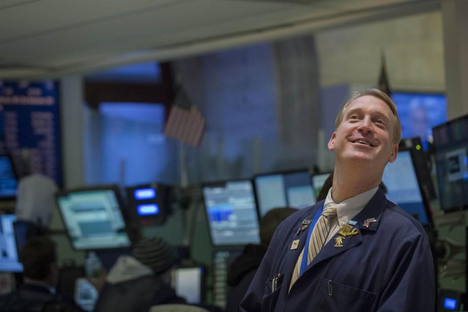 Le marché boursier s'est montré étonnamment résilient à... (PHOTO BRENDAN MCDERMID, ARCHIVES REUTERS)
