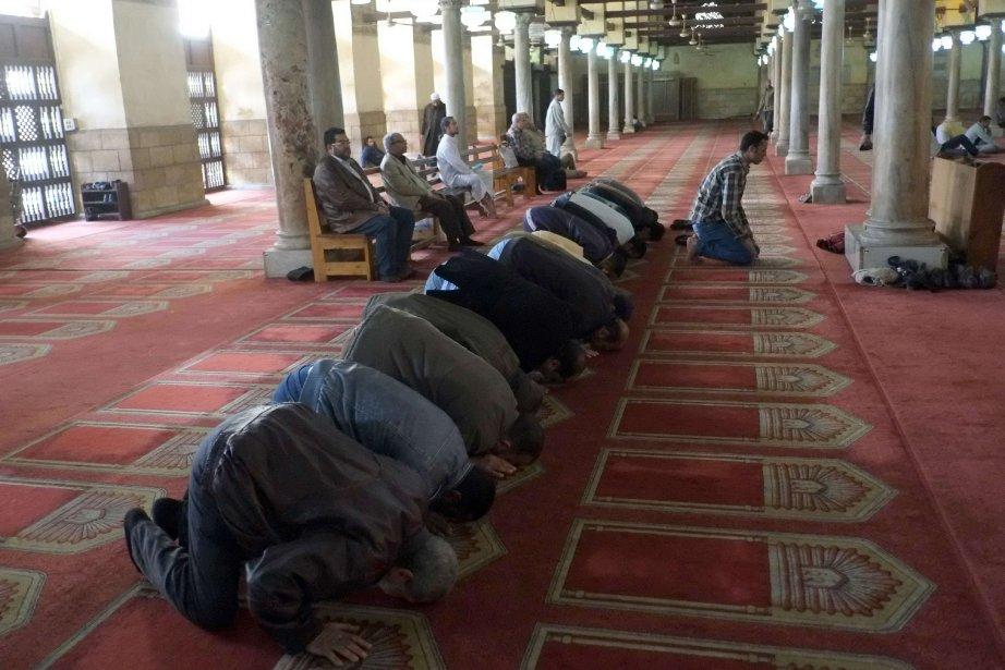L'Égypte compte quelque 130000 mosquées, dont 10 000... (Photo KHALED DESOUKI, AFP)