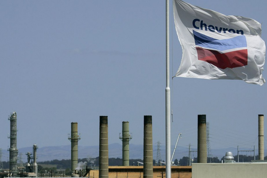 La major pétrolière Chevron a annoncé vendredi... (PHOTO BEN MARGOT, ARCHIVES AP)