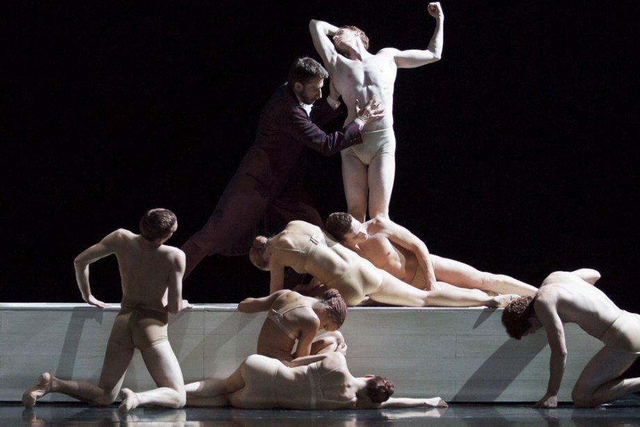 Le clou du ballet demeure les sculptures vivantes,... (Photo: John Hall, fournie par Les Grands Ballets canadiens de Montréal)