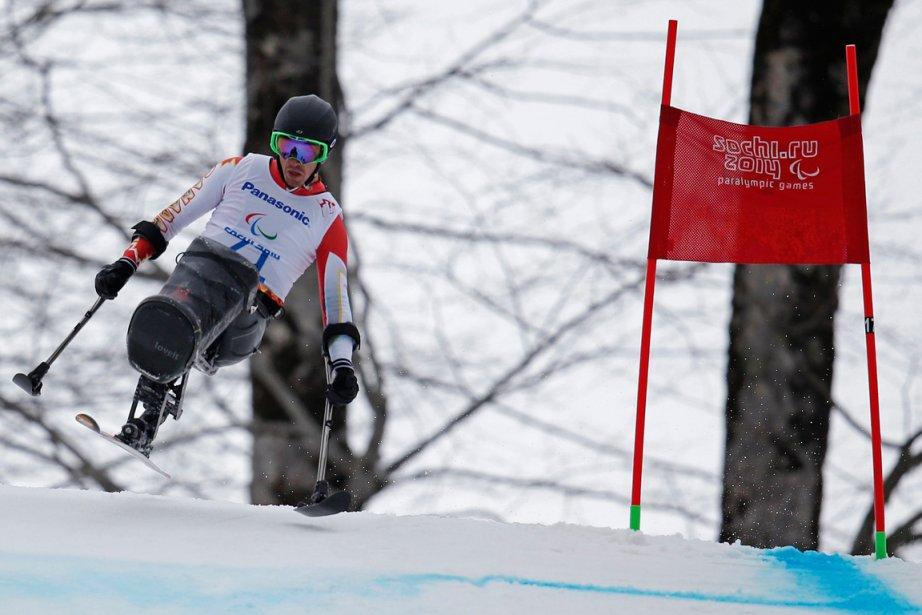 Le skieur sur luge canadien Josh Dueck a... (Photo Christian Hartmann, Reuters)