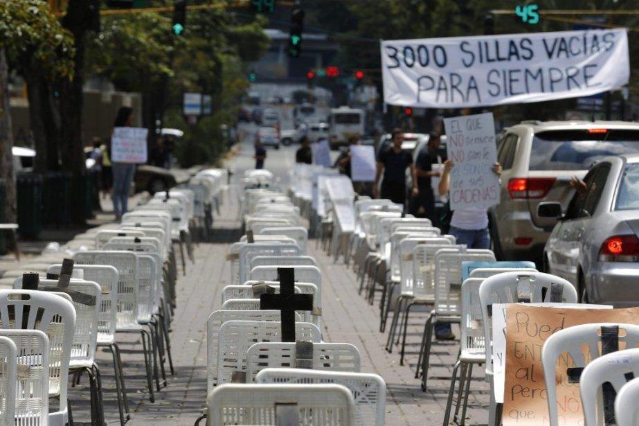 Les violences survenues pendant ou en marge des... (PHOTO TOMAS BRAVO, REUTERS)