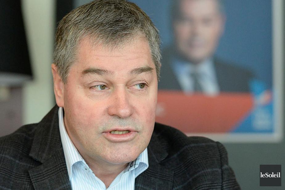 Le ministre de l'Éducation,Yves Bolduc... (Photo Pascal Ratthé, Le Soleil)