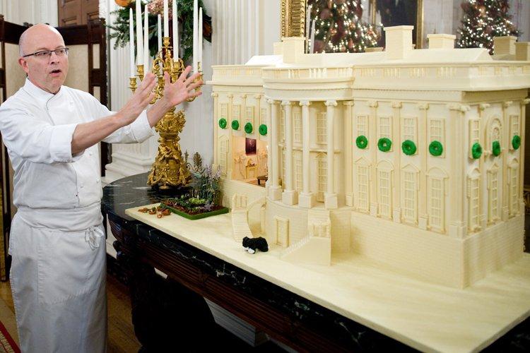Bill Yosses a conçu une Maison-Blanche en pain... (Archives AFP)