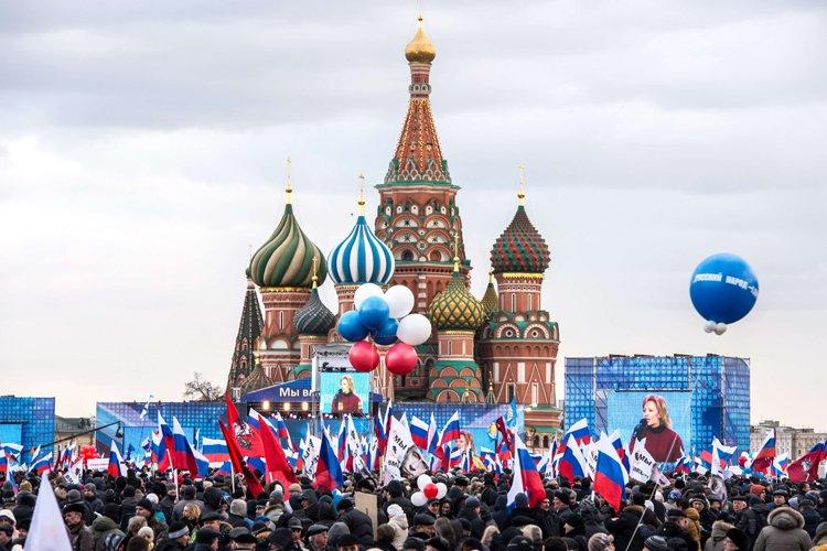 Quelque 120 000 personnes se sont rassemblées mardi... (Photo: AFP)