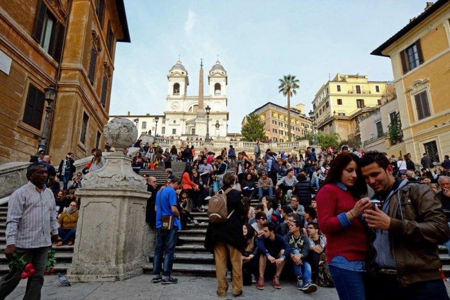 Le secteur de la culture - déjà peu... (Photo ALBERTO PIZZOLI, AFP)