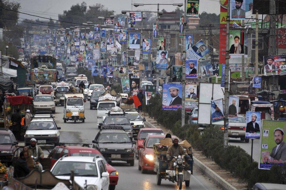 Le scrutin du 5 avril en Afghanistan s'annonce... (PHOTO NOORULLAH SHIRZADA, AFP)
